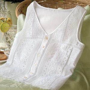 Sleeveless Eyelet Top - Digital Pattern